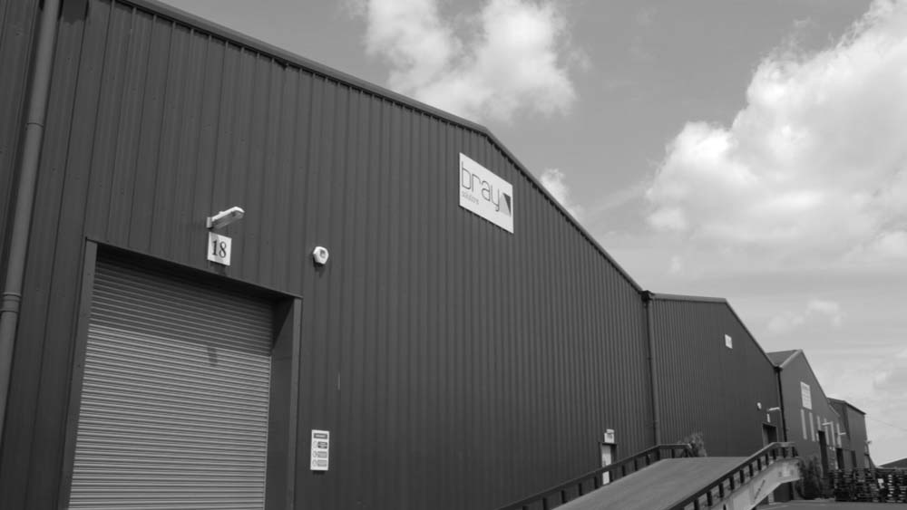 How much does a warehouse cost? Why outsourcing your warehousing right now is a great business decision